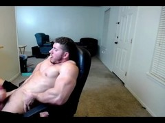 Wonderful muscular guy jerking off with GF Thumb
